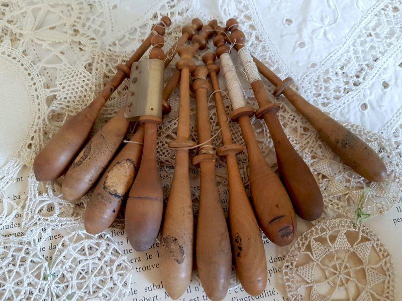 画像1: フランスヴィンテージ 木製ボビン10個セット (1)