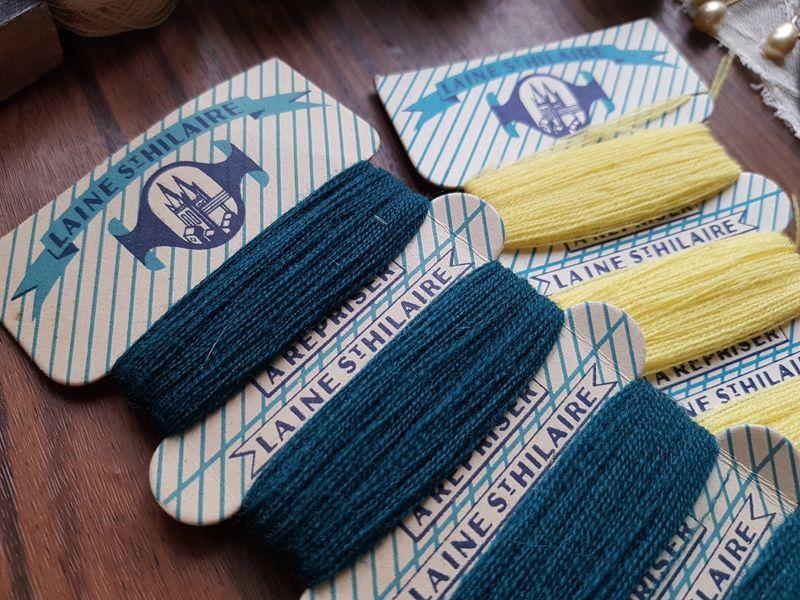 画像1: ヴィンテージ 紙製糸巻き 2色セット (1)