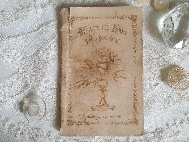 画像1: フランスアンティーク カトリック魂の祈り小冊子 (1)