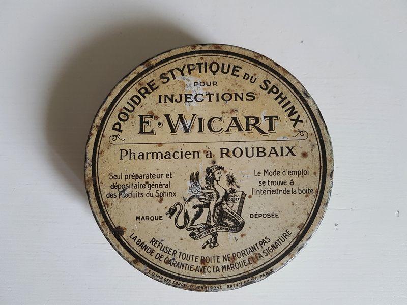 画像1: フランスヴィンテージ ファーマシーボックスTin缶 (1)