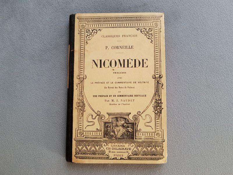 画像1: フランスアンティーク 1881年  LIBRAIRIE CH. DELAGRAVE社の本 (1)