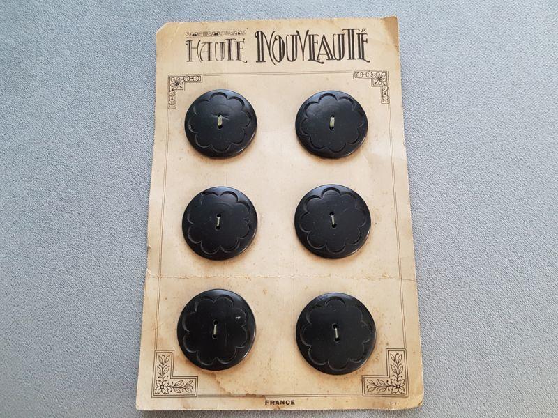 画像1: フランスヴィンテージ エレガントポップな木製ボタンシート 31mm (1)