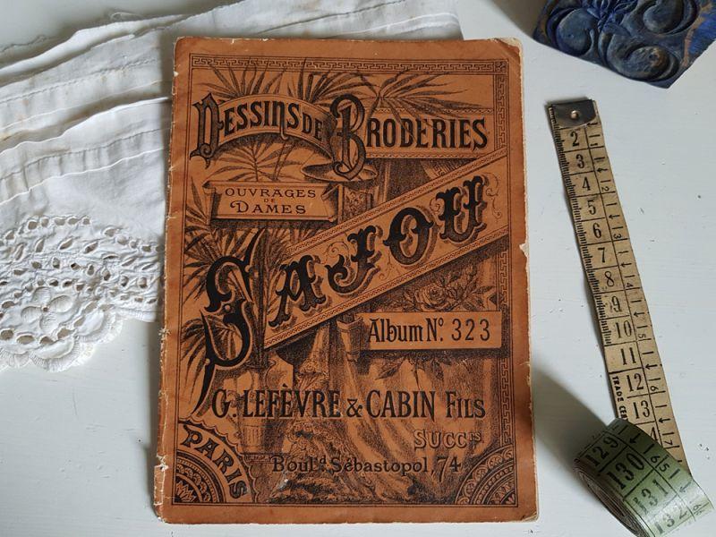 画像1: フランスアンティーク MAISON SAJOU 刺繍アルファベット図案 DESSINS DE BRODERIRS Album No.323 (1)