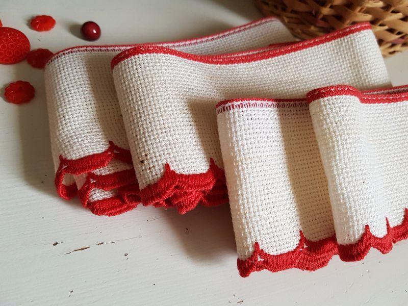 画像1: フランスヴィンテージ 赤いスカラップ刺繍のリボントリム (1)