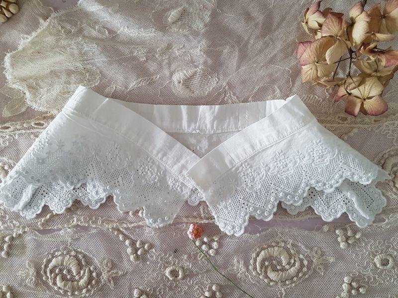 画像1: フランスアンティーク 白刺繍のちいさなつけ襟 (1)