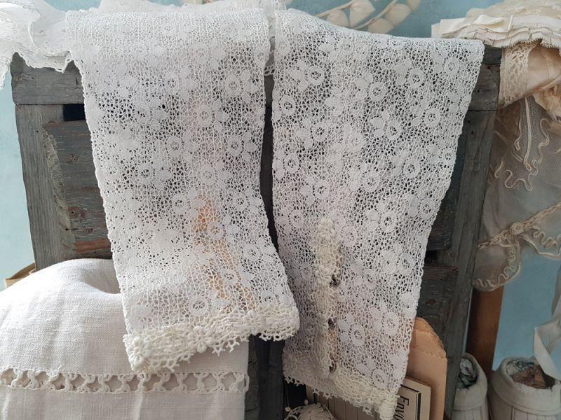 画像1: フランスヴィンテージ お花刺繍レースのお袖セット (1)