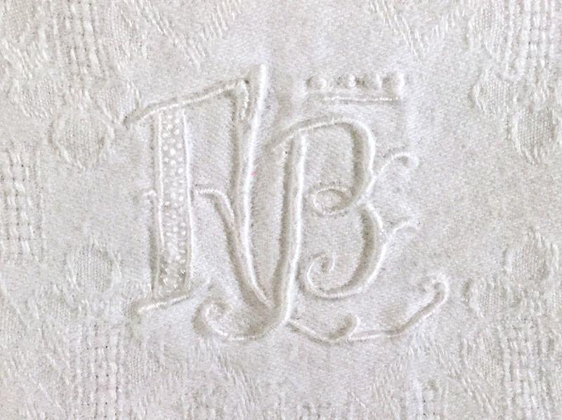画像1: アンティーク ダマスク織リネンクロス (1)
