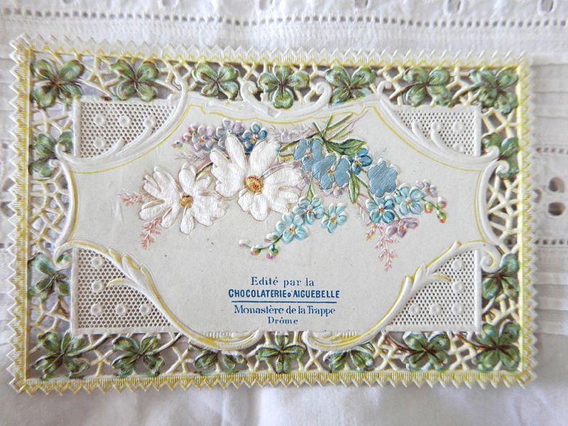 画像1: フランスアンティーク 春の草花のクロモ 透かし細工と一部シルク張り (1)