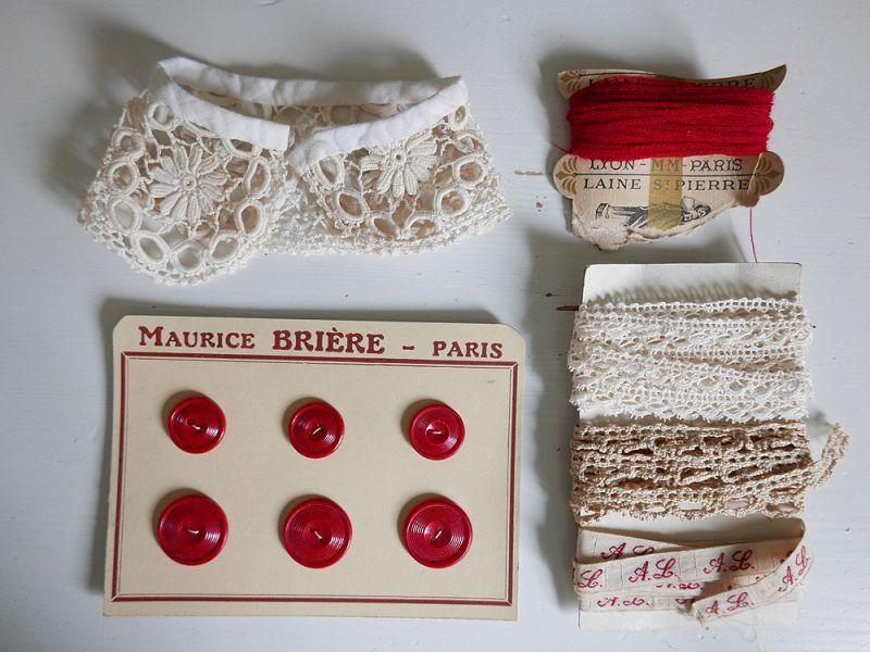 画像1: フランスアンティーク メルスリーセット《Rouge》 (1)